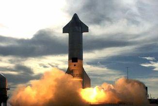 Starship do třetice přistála, AI nepřekonala světový rekord, Redmi Note 10 představen