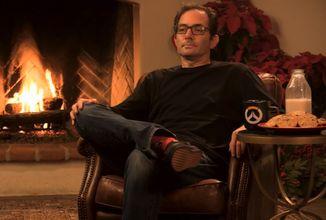 Přibližně 40 tisíc diváků sledovalo vánoční živé vysílání, kde Jeff Kaplan... seděl u krbu