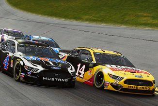 NASCAR Heat 4 hodlá napravit pověst série, ale zatím závody nepřesvědčily