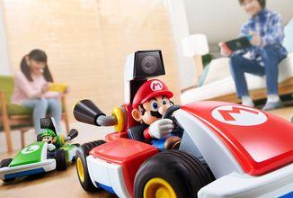 V novém Mario Kart závodíte u sebe doma