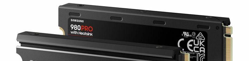 Samsung 980 PRO s heatsinkem cílí na majitele PS5