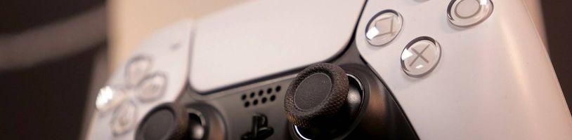 Ovladač DualSense pro PS5 si drží stabilní latenci