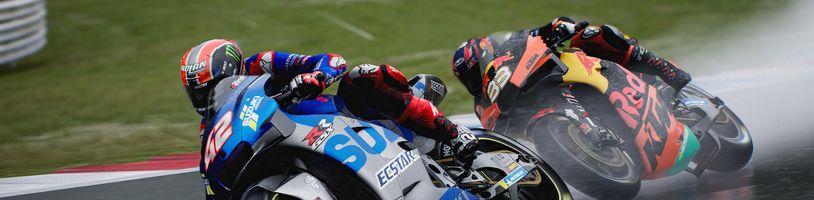 MotoGP 21 slibuje realističtější závodění