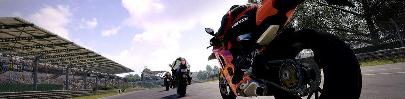 Nadějné motocyklové závody RiMS Racing v gameplay traileru