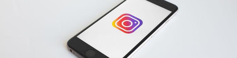 Dlouhý výpadek Facebooku, Instagramu a WhatsAppu byl kvůli chybě v konfiguraci