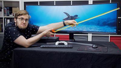 Nejširší herní monitor na světě získal skvělý upgrade: Samsung CRG90