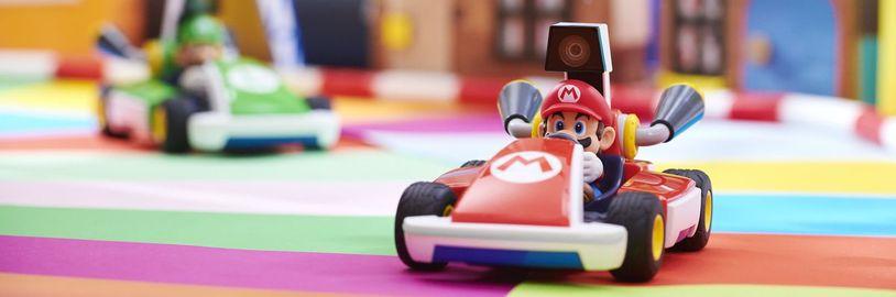 Switch_MarioKartLiveHomeCircuit_photo_03.0.jpg