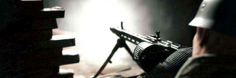 V říjnu s PS Plus dostanete druhoválečnou akci Hell Let Loose i krvavou bojovku